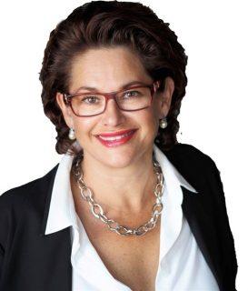 Courtier immobilier Barnes Québec Lucie Courtemanche